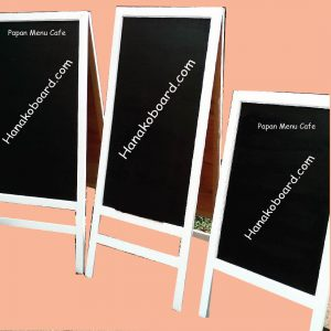 papan menu cafe standing 2 muka hanako