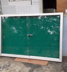 mading Box 90x180 Gantung